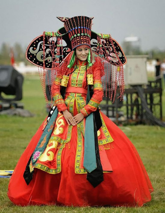 traditional-weddings-Mongolia.jpg